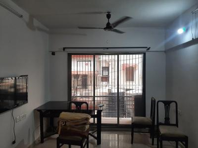 Gallery Cover Image of 800 Sq.ft 2 BHK Apartment for rent in Jharna Kutir, Vile Parle East for 60000