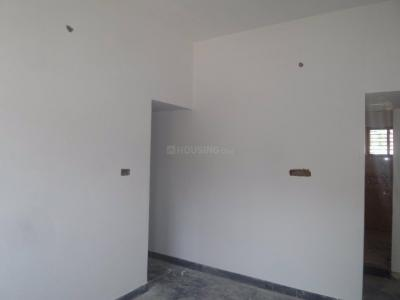 Gallery Cover Image of 600 Sq.ft 1 BHK Apartment for buy in Maruthi Nagar for 4200000