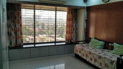 Gallery Cover Image of 980 Sq.ft 2 BHK Apartment for rent in Malad West for 45000