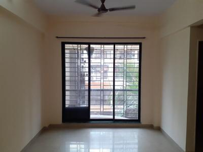 Gallery Cover Image of 680 Sq.ft 1 BHK Apartment for rent in Kopar Khairane for 17700