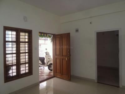 Gallery Cover Image of 900 Sq.ft 2 BHK Apartment for rent in Vijayanagar for 15000
