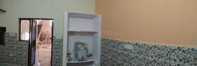 Gallery Cover Image of 450 Sq.ft 1 RK Apartment for rent in Uttam Nagar for 5000