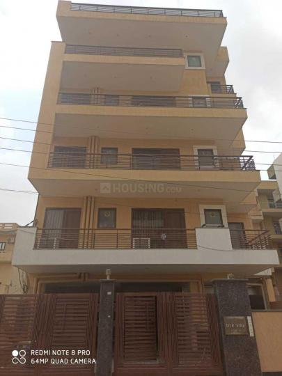 Building Image of Luxurious PG For Boys Near Shona Road, Subash Chowk Sector 38 in Sector 38