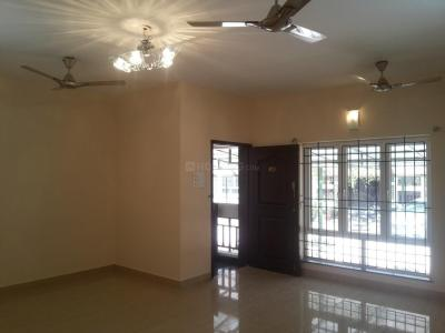 Gallery Cover Image of 1700 Sq.ft 3 BHK Apartment for rent in Ramapuram for 37000