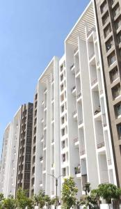 Gallery Cover Image of 1060 Sq.ft 2 BHK Apartment for rent in Wagholi for 10500