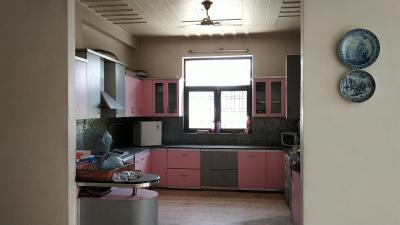 Gallery Cover Image of 2500 Sq.ft 2 BHK Independent Floor for rent in Sector 71 for 40000