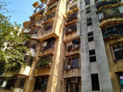 Gallery Cover Image of 825 Sq.ft 2 BHK Apartment for buy in Bholenath Mukti Apartments, Chembur for 21500000