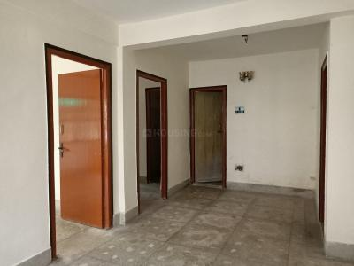 Gallery Cover Image of 750 Sq.ft 2 BHK Apartment for buy in South Dum Dum for 2200000