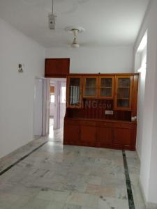 Gallery Cover Image of 1450 Sq.ft 3 BHK Apartment for rent in Sector 12 Dwarka for 26000