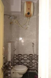 Common Bathroom Image of Gayathri Luxury Mens PG in Vasanth Nagar