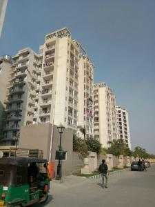 Gallery Cover Image of 940 Sq.ft 2 BHK Apartment for rent in MR Proview Shalimar City, Hindan Residential Area for 9500