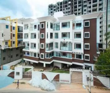 Gallery Cover Image of 1375 Sq.ft 3 BHK Apartment for buy in Hennur Main Road for 7000000