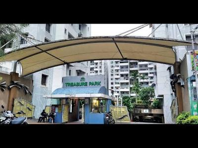 Gallery Cover Image of 682 Sq.ft 1 BHK Apartment for rent in Treasure Park, Parvati Darshan for 11000