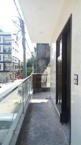 Gallery Cover Image of 2200 Sq.ft 3 BHK Independent Floor for buy in Pitampura for 35000000