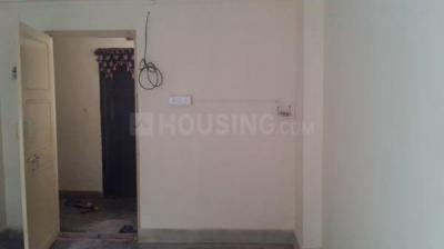 Gallery Cover Image of 305 Sq.ft 1 RK Apartment for rent in Kandivali West for 11500