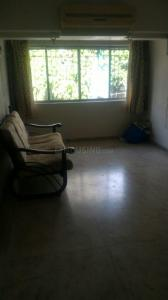 Gallery Cover Image of 725 Sq.ft 2 BHK Apartment for rent in Vile Parle West for 65000