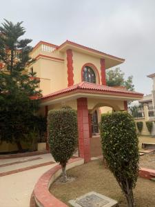 Gallery Cover Image of 7724 Sq.ft 5 BHK Villa for rent in Sushant Lok 3, Sector 57 for 165000