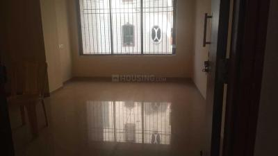 Gallery Cover Image of 770 Sq.ft 2 BHK Apartment for buy in Malad West for 13000000