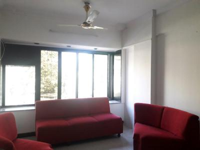 Gallery Cover Image of 655 Sq.ft 1 BHK Apartment for rent in Andheri West for 45000