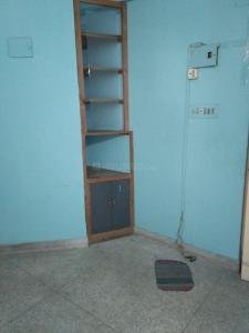 Gallery Cover Image of 850 Sq.ft 3 BHK Apartment for rent in Kaikhali for 13000
