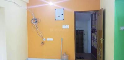 Gallery Cover Image of 1100 Sq.ft 3 BHK Apartment for rent in Sekaran Lryica, Medavakkam for 15000