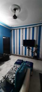 Gallery Cover Image of 900 Sq.ft 2 BHK Independent Floor for rent in RWA Lajpat Nagar Block E, Lajpat Nagar for 25000
