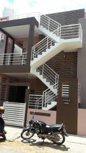Gallery Cover Image of 1200 Sq.ft 4 BHK Independent House for buy in Ramakrishnanagar for 11000000