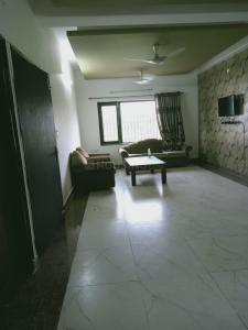 Gallery Cover Image of 1580 Sq.ft 3 BHK Independent Floor for rent in Aman Vihar for 25000