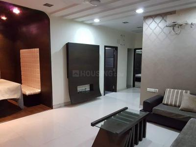 Gallery Cover Image of 1681 Sq.ft 3 BHK Apartment for buy in Tangra for 17500000
