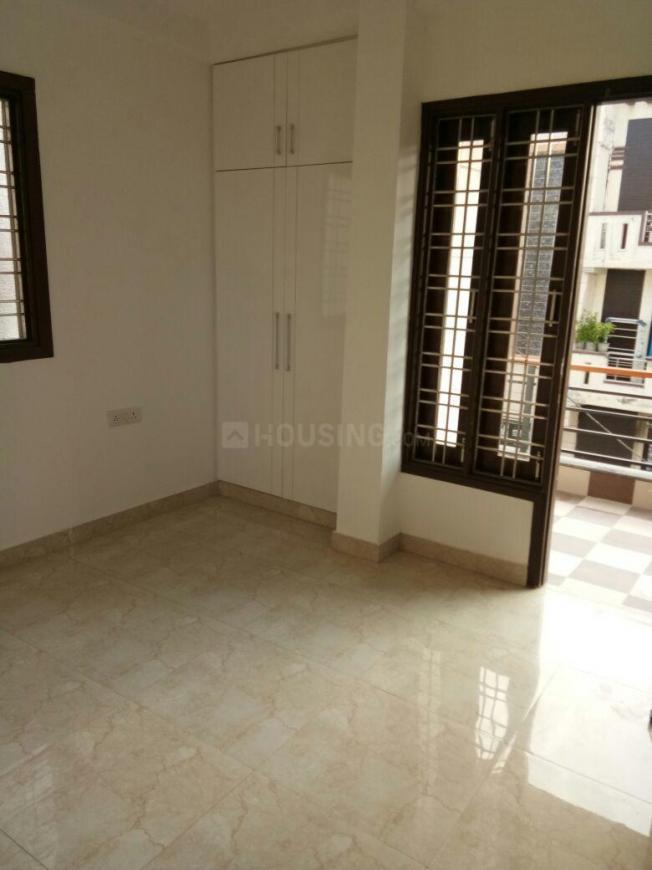 Bedroom Image of 1080 Sq.ft 2 BHK Independent Floor for buy in Shipra Suncity for 4500000