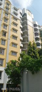 Gallery Cover Image of 1350 Sq.ft 3 BHK Apartment for rent in Velachery for 30000
