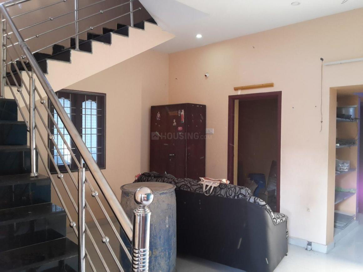 Living Room Image of 1200 Sq.ft 3 BHK Independent House for rent in Medavakkam for 15000
