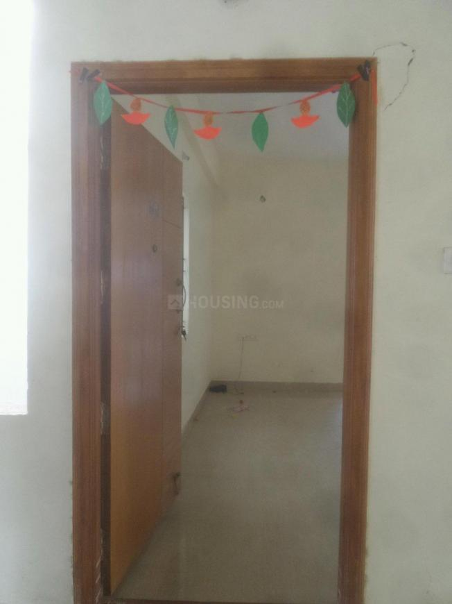 Main Entrance Image of 1050 Sq.ft 2 BHK Apartment for rent in Pavani Lake View, Panathur for 20000