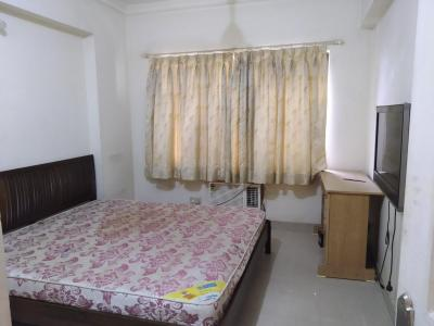 Gallery Cover Image of 1550 Sq.ft 3 BHK Apartment for rent in Goregaon East for 70000
