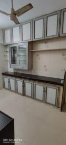 Gallery Cover Image of 780 Sq.ft 2 BHK Apartment for rent in Ghatkopar East for 39000