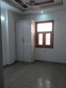 Gallery Cover Image of 850 Sq.ft 3 BHK Independent Floor for buy in Shahdara for 4900000