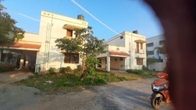Gallery Cover Image of 2500 Sq.ft 3 BHK Villa for rent in Thengaithittu for 12500