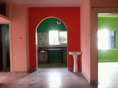 Gallery Cover Image of 1300 Sq.ft 3 BHK Apartment for rent in Keshtopur for 14000