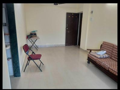 Gallery Cover Image of 585 Sq.ft 1 BHK Apartment for rent in Saraf Chaudhary Nagar CHS, Kandivali East for 23000