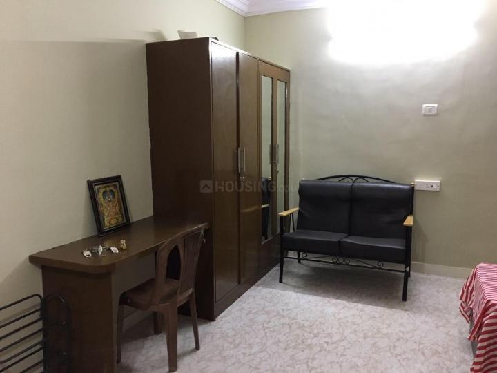 बिलेकहल्ली में आराधना रेसिडेंसी के बेडरूम की तस्वीर