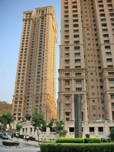 Gallery Cover Image of 650 Sq.ft 1 BHK Apartment for rent in Kandivali West for 35000