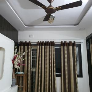 Gallery Cover Image of 850 Sq.ft 2 BHK Apartment for rent in Chikhali for 15000