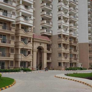 Gallery Cover Image of 1770 Sq.ft 3 BHK Apartment for buy in Sector 37D for 7100000
