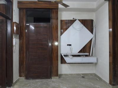 Gallery Cover Image of 954 Sq.ft 3 BHK Apartment for buy in Uttam Nagar for 5000000