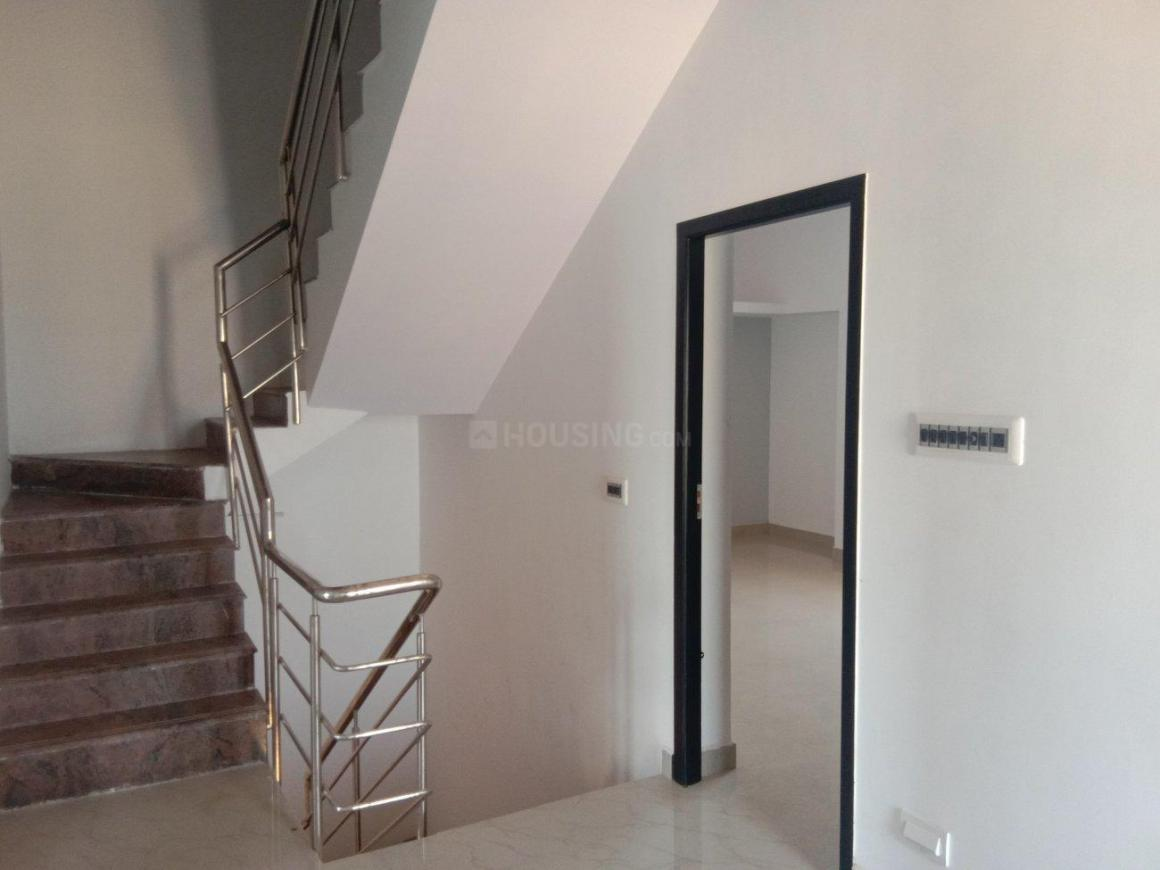 Living Room Image of 2000 Sq.ft 3 BHK Independent House for buy in Kolathur for 12000000