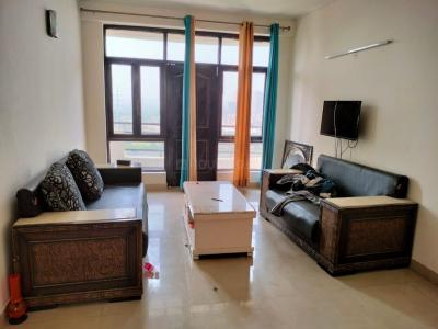 Gallery Cover Image of 1459 Sq.ft 3 BHK Apartment for rent in Sector MU 1 Greater Noida for 15000