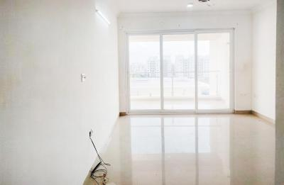 Gallery Cover Image of 1950 Sq.ft 3 BHK Apartment for rent in Pallikaranai for 28500