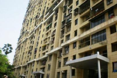 Gallery Cover Image of 1350 Sq.ft 3 BHK Apartment for rent in Kandivali West for 46000