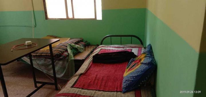 कोथरूड में स्वामी समर्थ पीजी के बेडरूम की तस्वीर