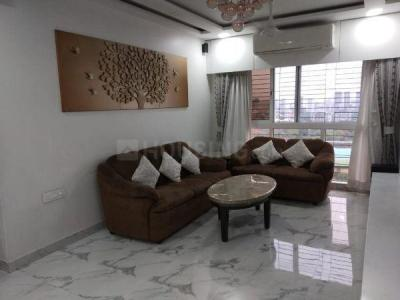 Gallery Cover Image of 1650 Sq.ft 3 BHK Apartment for rent in Goregaon East for 85000